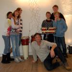 Galerie 149, Moving Solar Orchsetra (von links) mit Aileen (12), Jessika (12), Jacqueline (14), Pascal (12), Felix (12), Timo (13) und Tilman Küntzel