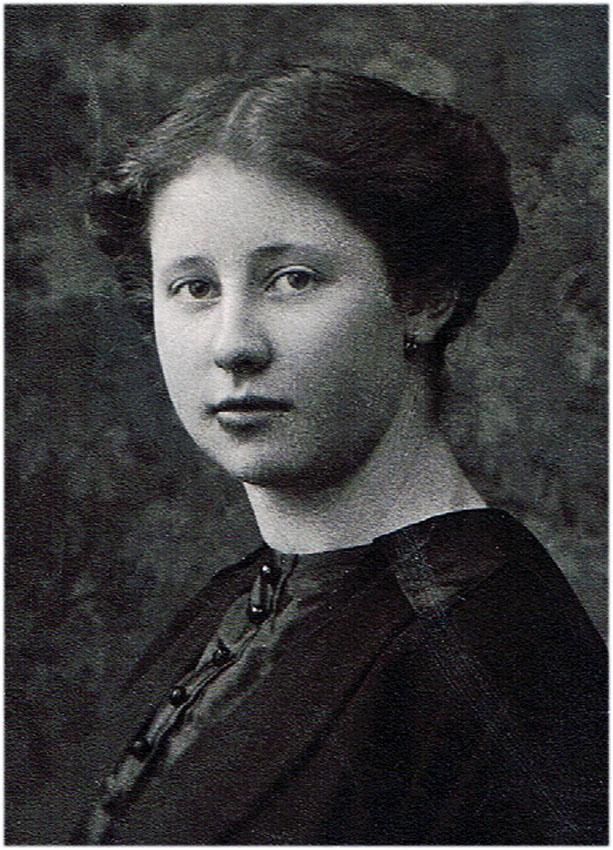 Marie Niehaus my step grandaunt 1905-1973