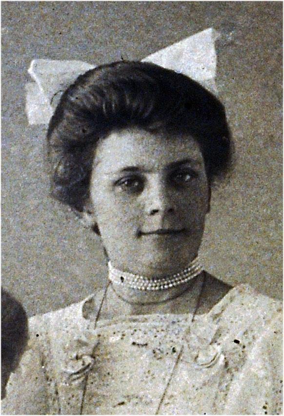 Meta my grandaunt 1889-1969