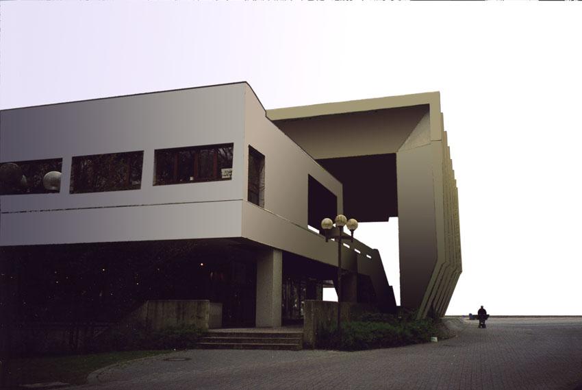 Faltdach und Aufgang zum Gebäude